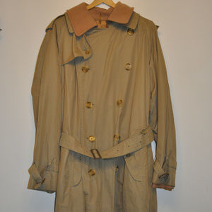 Vintage Burberry Double Breasted Trenchcoat